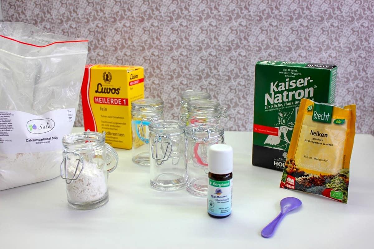 Zähne putzen ohne Fluor - Zahnpulver selber machen