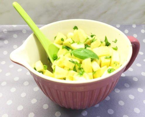 Ananas Basilikum Salat