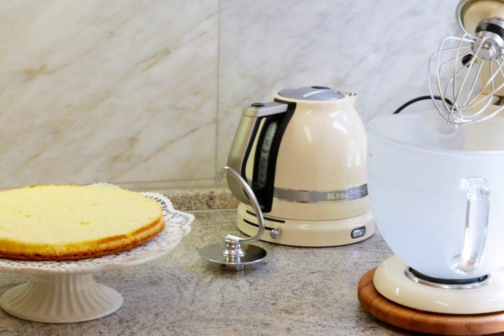 Erdbeerkuchen Rezept-Erdbeer-Schoko-Splitter-Torte