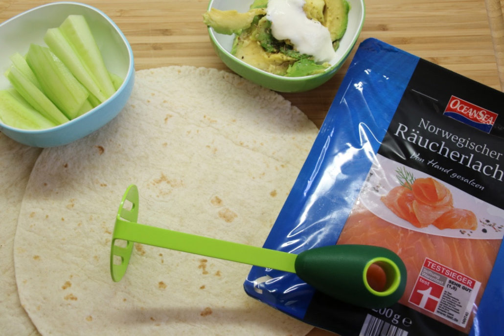 Tortilla-Lachs-Gurke-Avocado