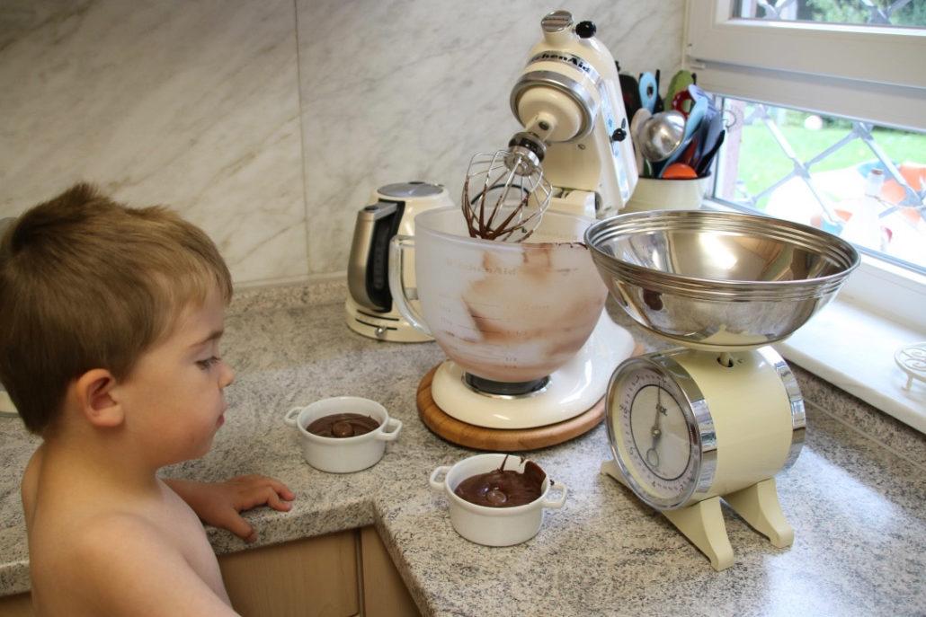 Rezept für Schokoküchlein mit flüssigem Kern...Schokokuchen mit flüssigem Kern, warme Schokoküchlein mit flüssigem Kern mit KitchenAid