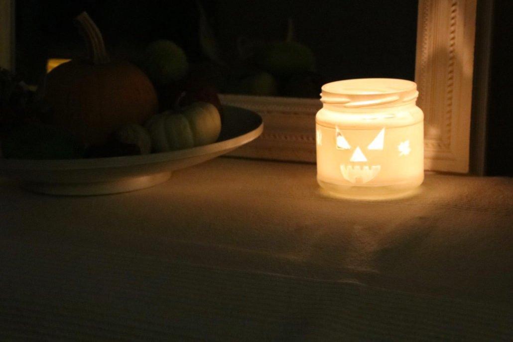 Windlicht Halloween basteln aus Marmeladengläsern