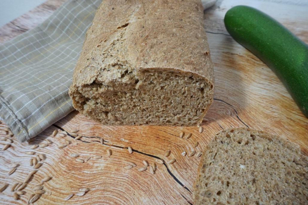 Dinkel-Brot-mit-Zucchini