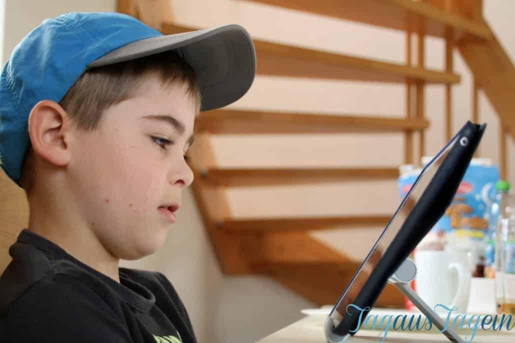 Asperger-Autist-Autismus-Verhaltensauffaellig