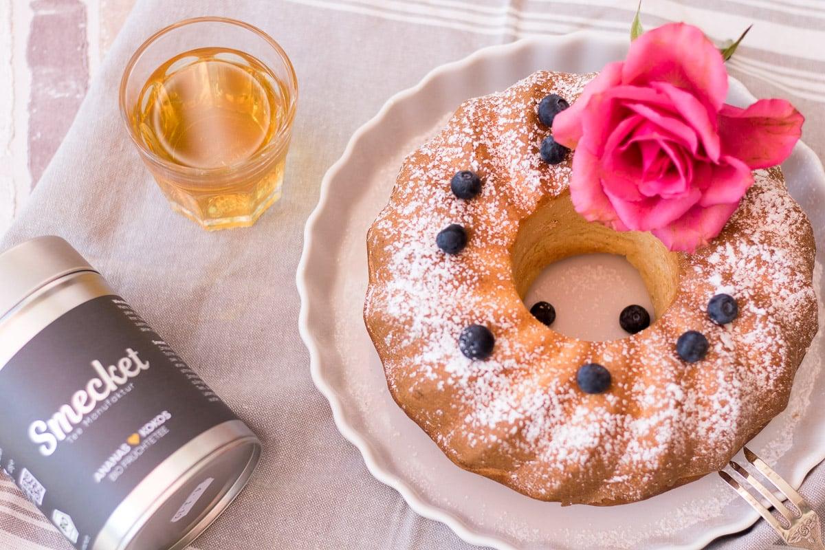 Tea-Time mit Joghurtkuchen