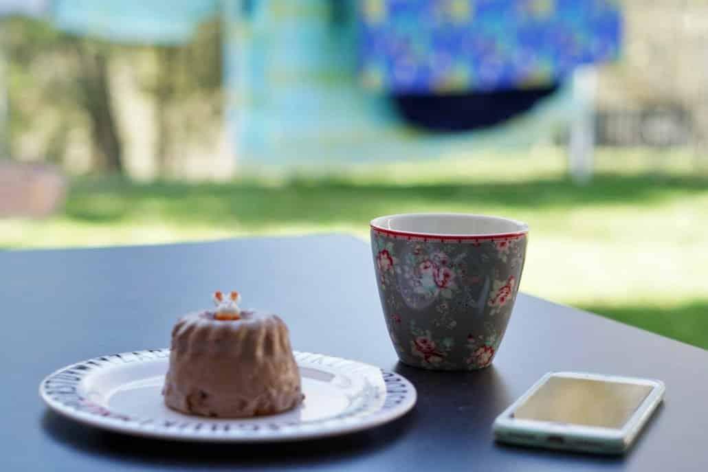 Kaffee, Kuchen, Wäsche