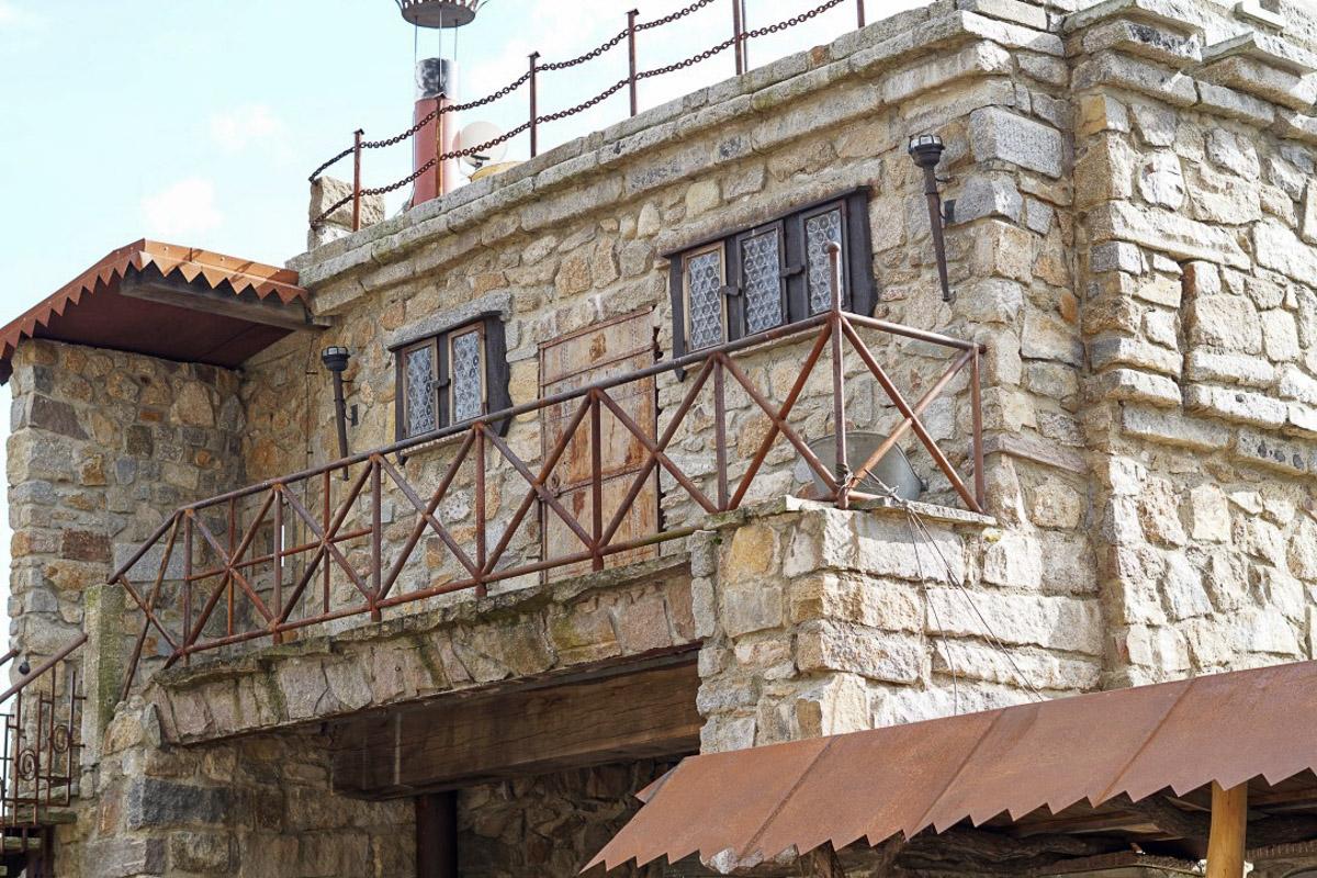 Ausflugstip sachsen jakubzburg in mortka eine burg des - Beruhmte architekten des 21 jahrhunderts ...