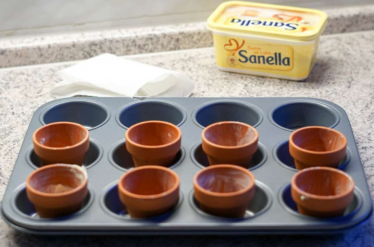 Backen für Ostern - Cupcakes im Blumentopf