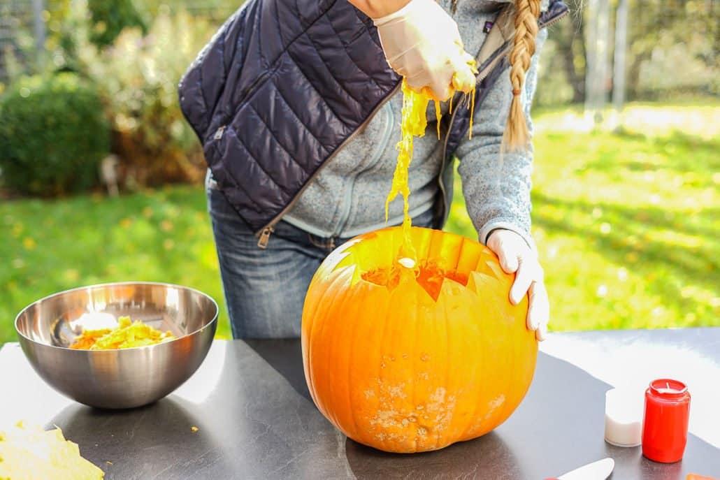 anleitung-halloween-kuerbis-aushoehlen-schnitzen