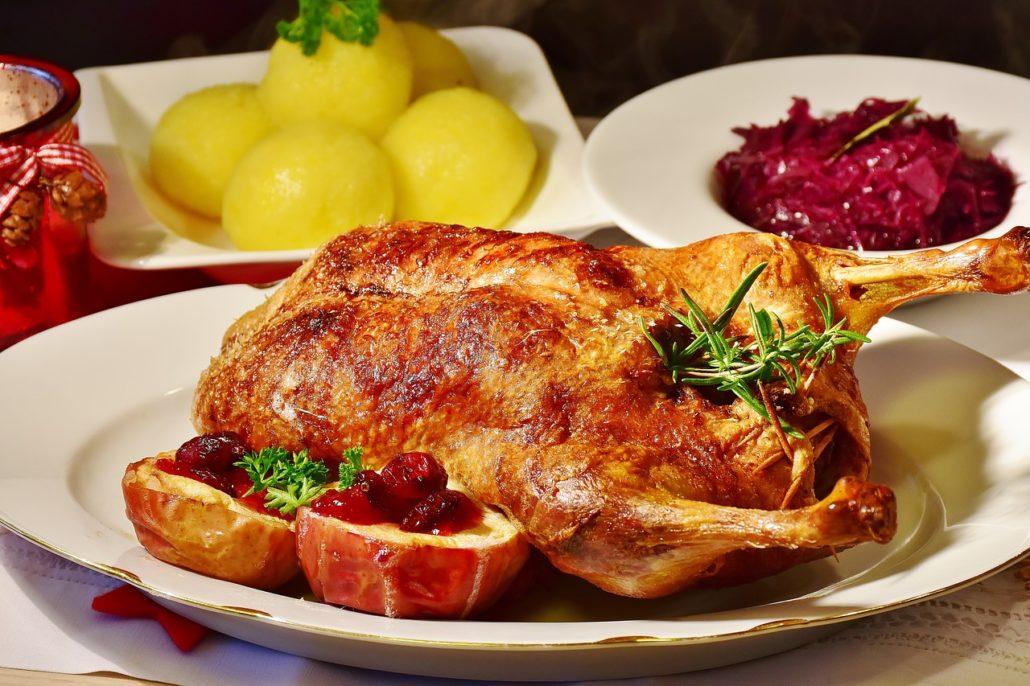 Speiseplan mit Feiertagsmenü