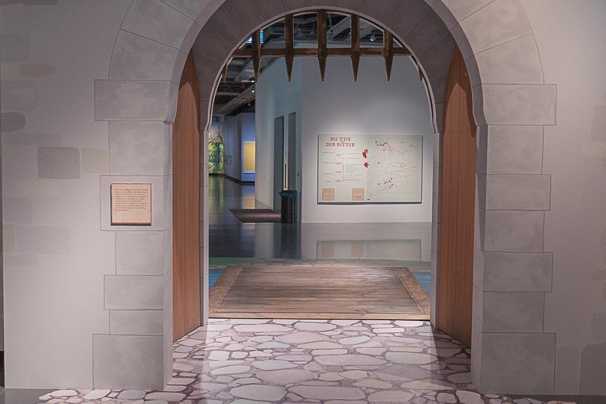 Eingang in den Burghof
