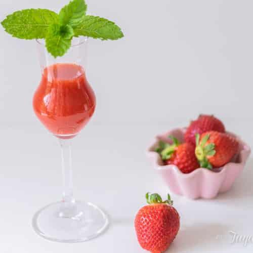 Erdbeerlimes selber machen in 10 Minuten - Thermomix-Rezept