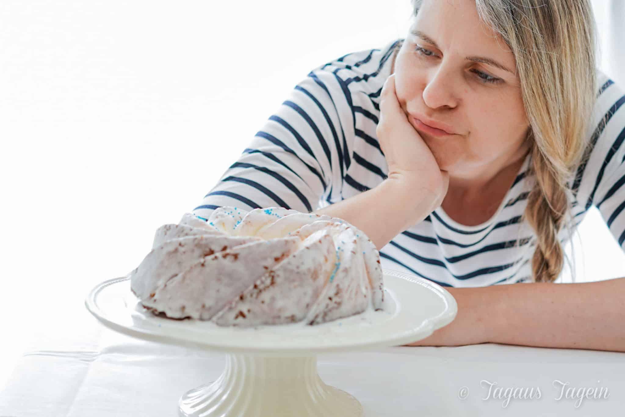 Saftiger Gugelhupf mit Joghurt und Limette