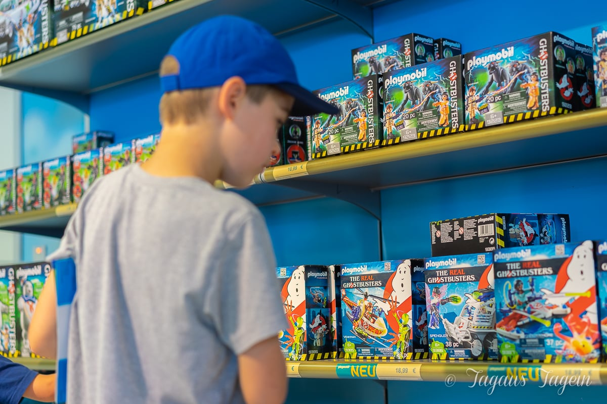 Besuch im PLAYMOBIL FunPark - Shop