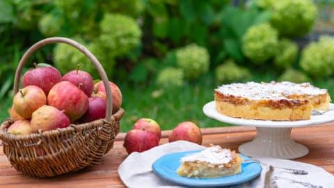 Einfacher Apfelkuchen mit Krokant - Rezept mit und ohne Thermomix®