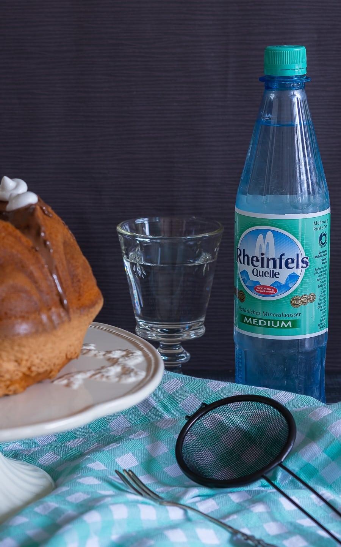 Sprudelkuchen mit Rheinfels Quelle und warum Mineralwasser ein Multitalent in der Küche ist