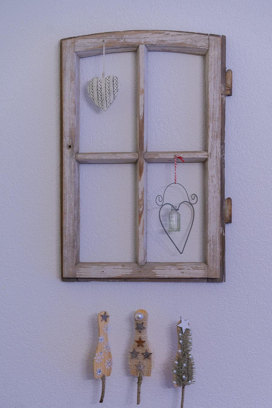 altes Fenster dekorieren