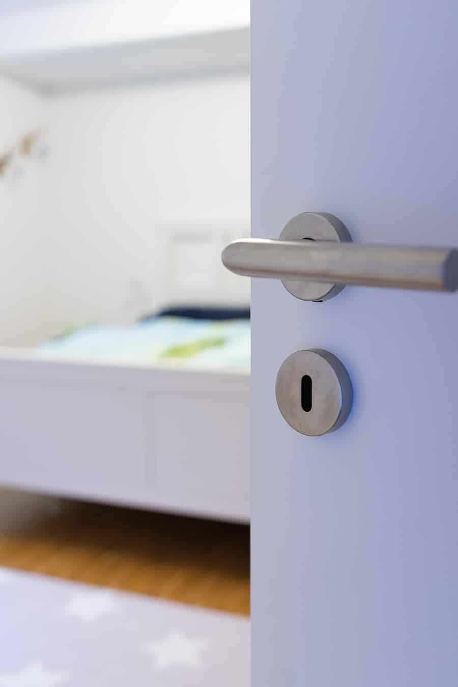 Roomtour Schlafzimmer – vom Swimmingpool zum Schlafgemach