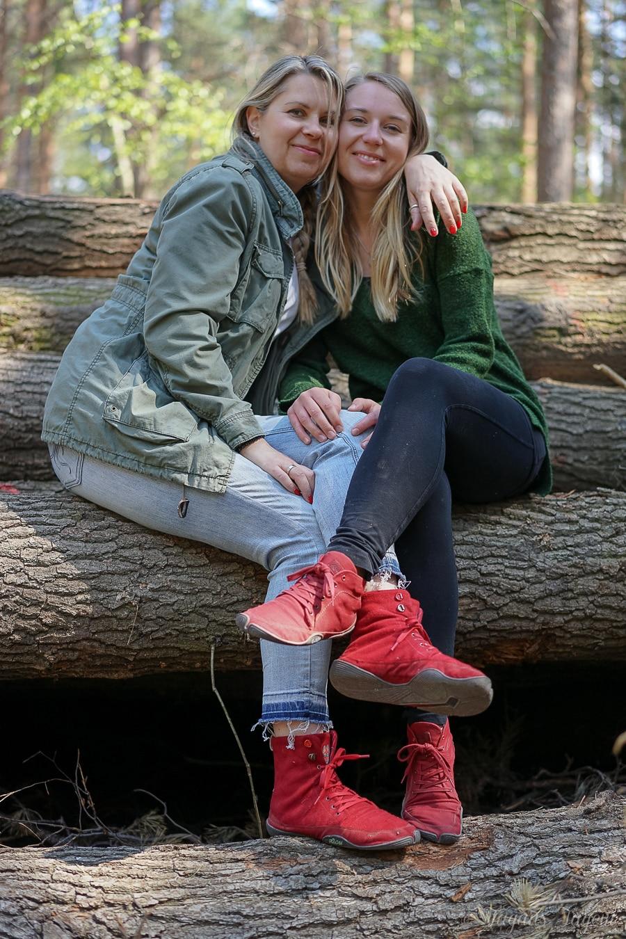 Durch Wald & Wiese – Ein Familienspaziergang mit Wildling Schuhen