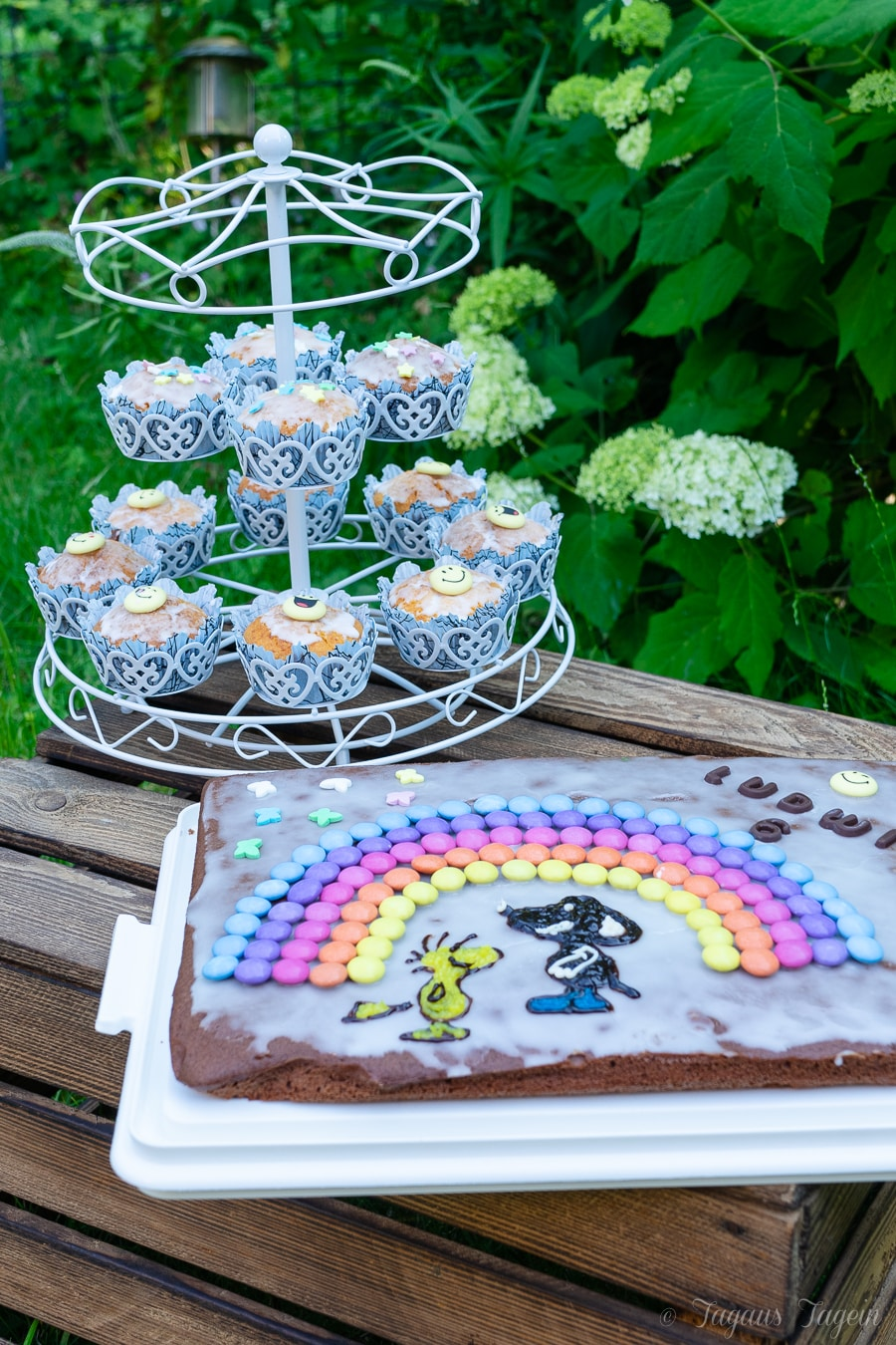 Einfacher Buttermilchkuchen zum Kindergeburtstag