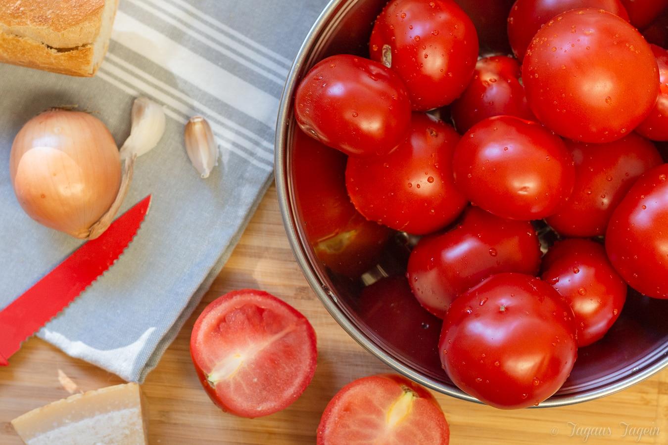 Zutaten geröstete Tomatensuppe