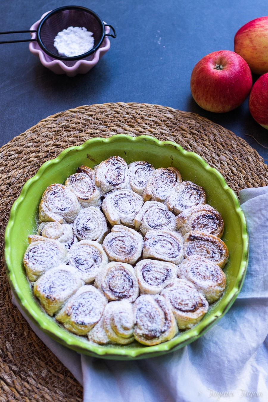 Herbstausflug zum Schönbuchturm und ein leckeres Rezept für schnelle Pflaumenmus Zimtschnecken
