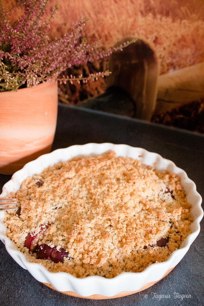 Pflaumen-Crumble – Ein schneller, einfacher Nachtisch für den Herbst