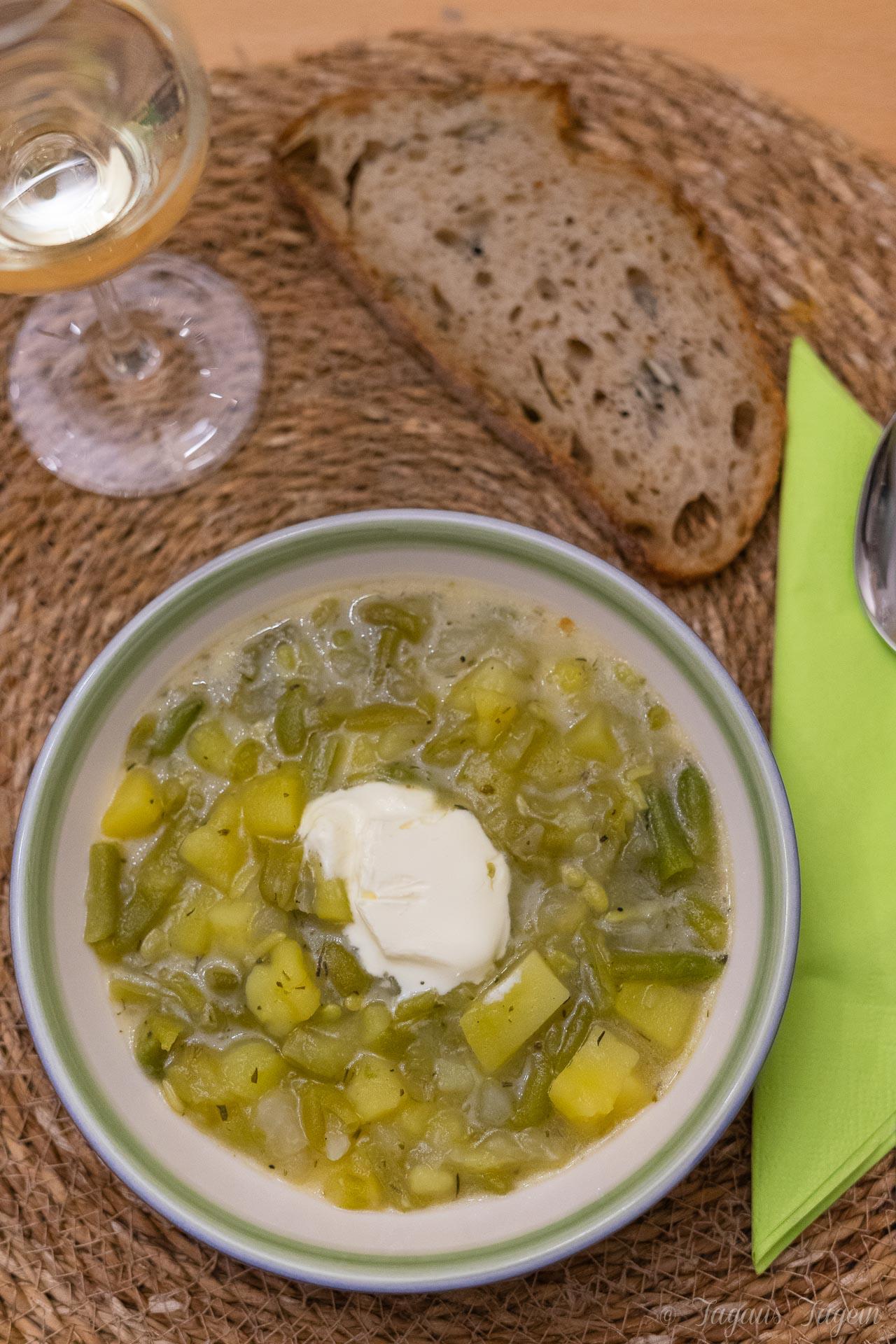 Herbst ahoi – Einfacher vegetarischer Bohneneintopf aus dem Thermomix®